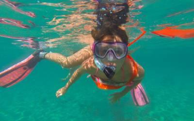 Snorkeling guiat pel fons marí de Salou