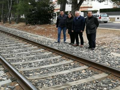 Front comú dels alcaldes del sud de la Costa Daurada per demanar el desmantellament immediat de la via del tren