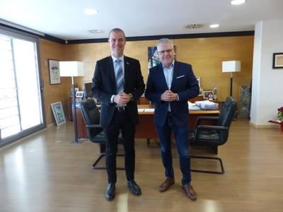L'alcalde Pere Granados rep la visita del nou president de l'Autoritat Portuària de Tarragona, Josep Maria Cruset