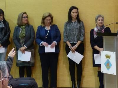 Les regidores de l'Ajuntament de Salou es fan seu el manifest del Dia Internacional de les Dones
