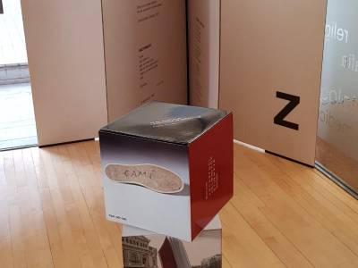 L'exposició 'Brossa polièdric' arriba a la Biblioteca de Salou