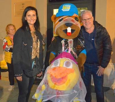 alcalde i mascotes Xic's.JPG