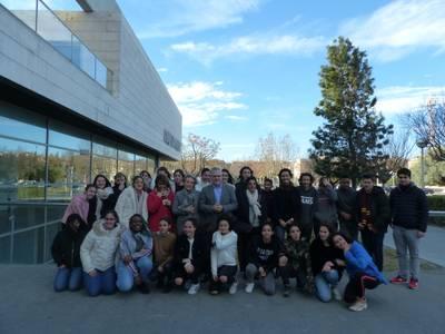 Alumnes de l'Escola Clémence Isaure de Toulouse visiten l'Ajuntament de Salou