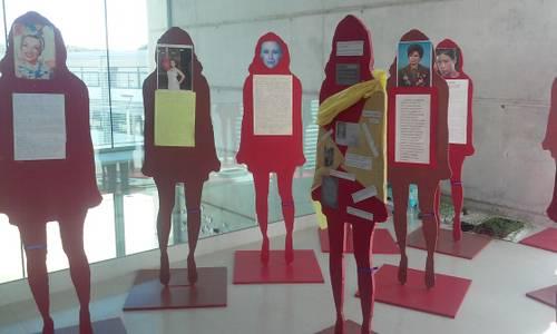 El Centre de Formació de persones Adultes Àgora rendeix homenatge a les dones amb una exposició
