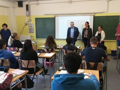 L'alcalde de Salou visita l'Institut Marta Mata