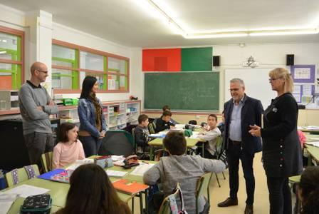 L'alcalde Pere Granados visita diversos centres educatius de Salou per donar la benvinguda a l'inici del curs 2019-2020