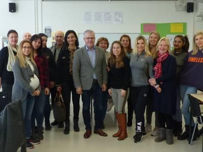 L'alcalde visita el Centre Atenea de formació permanent a Salou