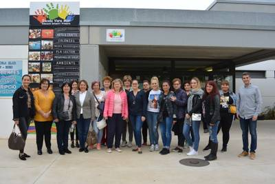 Un grup de mestres de Bulgària visita l'Escola Vora Mar de Salou
