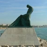 Monument El Pescador de Ramon Ferrán - Espigó del Moll