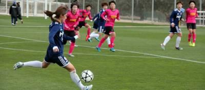 petita_futbol_dones.jpg