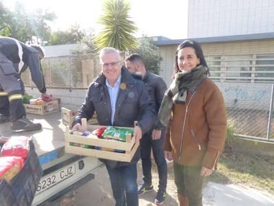 Cáritas i Eluzai reben més de 800Kg d'aliments obtinguts en el dia solidari del Parc Infantil de Nadal