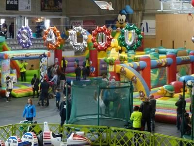 """El parc infantil de Nadal """"Espai Xic'S"""" de Salou obre un any més les seves portes"""