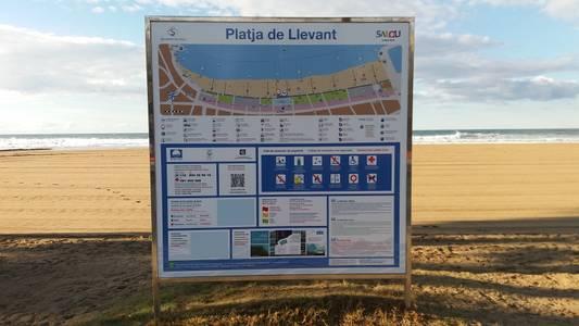 L'Ajuntament de Salou continua amb els treballs de manteniment i millora de les platges del municipi