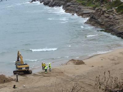 S'obre Cala Crancs després dels treballs de reparació de l'emissari submarí