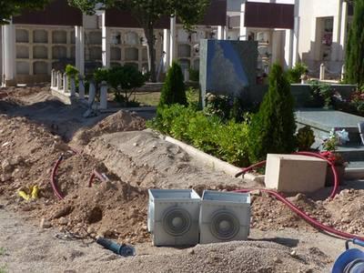 Els treballs de manteniment del Cementiri Municipal de Salou avancen a bon ritme
