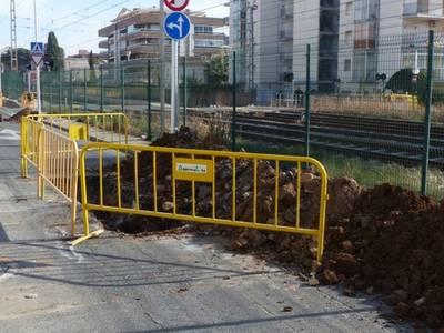 S'inicien les obres de construcció d'una xarxa de pluvials al carrer de Carles Roig