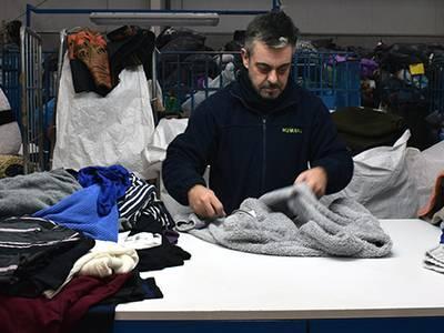 Salou diposita 48 tones de tèxtil usat als contenidors d'Humana per donar-les una finalitat social