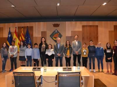 L'alcalde de Salou presideix la constitució del Consell Municipal d'Infància, un nou òrgan format per dotze estudiants dels centres escolars