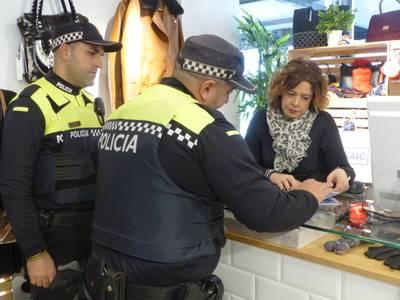 """La campanya """"Seguretat al Nadal"""" de la Policia Local de Salou reforça la vigilància a les zones comercials"""