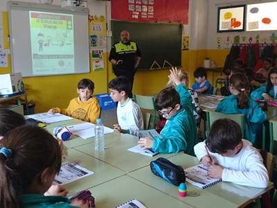 La Policia Local continua amb les jornades de mobilitat segura a les escoles