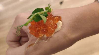 Caviar a la mà.jpg