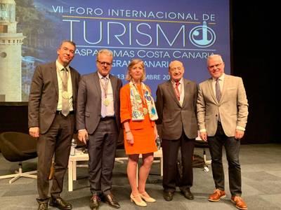 L'alcalde de Salou, Pere Granados, explica a Maspalomas Costa Canària la fórmula per combatre 'l'overtourism' i ser una destinació sostenible