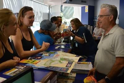 Les dues oficines d'informació del Patronat de Turisme de Salou atenen més de 300 consultes diàries els mesos d'estiu