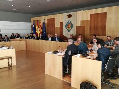 El plenari de Salou aprova sol·licitar a la Generalitat l'atorgament d'una autorització per a la utilització de l'edifici social del port esportiu