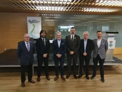 L'alcalde dona la benvinguda als assistents del Saló Construïm Futur