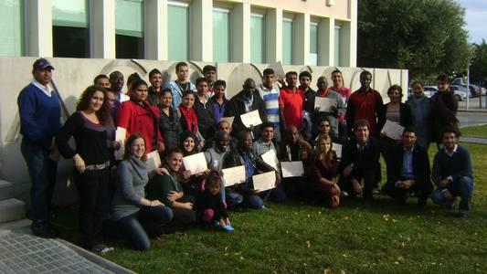 Acció Social organitza amb èxit la cloenda del primer trimestre dels cursos i tallers de formació per a nouvinguts/des i obre una nova inscripció