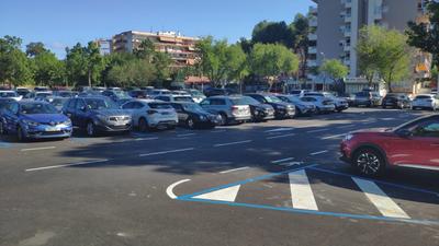 Amb l'entrada en funcionament de l'App Aparcar, els usuaris residents a Salou podran estacionar en zona blava il·limitadament i amb una tarifa superreduïda
