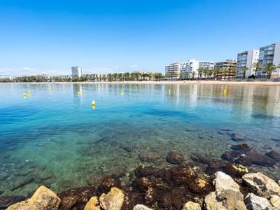 Els regidors i regidores de Platges de la Taula de Municipis signen un manifest per a un litoral sostenible