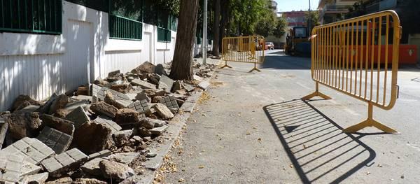 En marxa les obres de millora del carrer Ebre