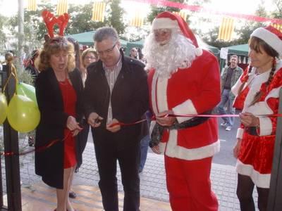 Inaugurada la vuitena Fira Benèfica de Nadal de Salou