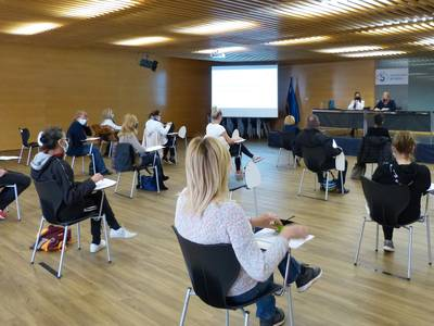 L'Ajuntament de Salou forma els alimentadors/es de colònies felines del municipi