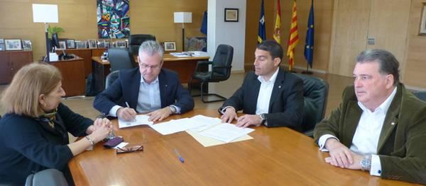 L'Ajuntament de Salou i Creu Roja Tarragona firmen un nou conveni de col.laboració