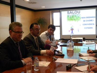 L'Ajuntament de Salou presenta la nova ordenança de Civisme per millorar la convivència a la via pública