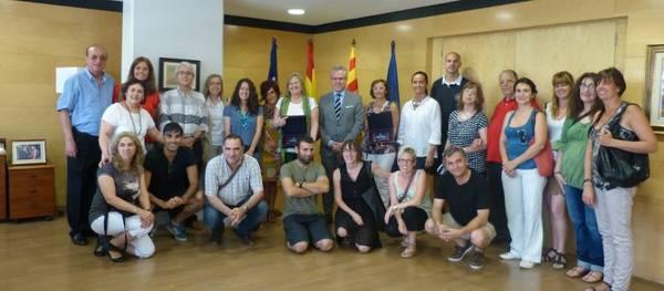 L'Ajuntament de Salou realitza un reconeixement a dos professores del Santa Maria del Mar