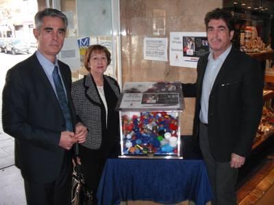 L'Ajuntament de Salou s'afegeix a la campanya solidària de recollida de taps de plàstic per salvar la vida de la petita Aitana