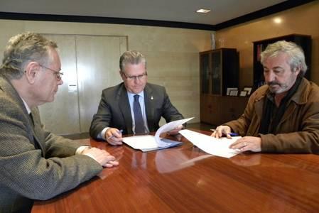 L'Ajuntament de Salou signa el conveni per iniciar la segona fase d'obres d'accessibilitat