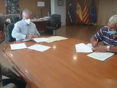 L'Ajuntament de Salou signa un conveni amb l'Associació Gent de Mar per mantenir i difondre la cultura i les tradicions marineres i cooperar en els actes festius locals
