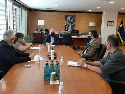 L'alcalde de Salou es reuneix amb l'Associació de Veïns Salou Est per parlar sobre l'avinguda de Carles Buïgas