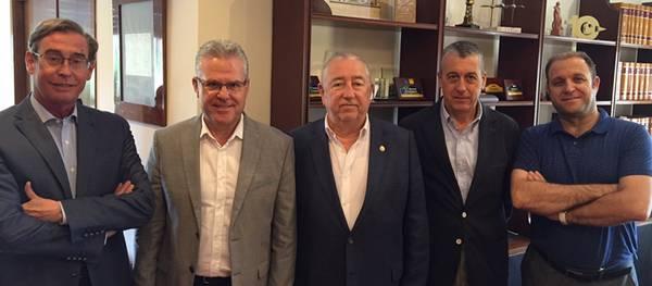 L'alcalde de Salou es reuneix amb la Cambra de Comerç de Tarragona per defensar un projecte comú de transport ferroviari