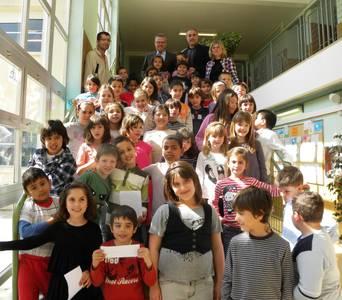 L'Alcalde de Salou respon les preguntes dels infants de l'Escola Europa i dels joves de la UEC