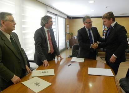 L'alcalde i la propietat del solar de l'antiga Duana signen el conveni per desbloquejar la zona