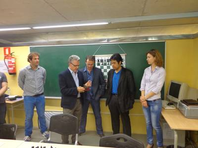 L'escola Escacs Salou rep la visita del Gran Mestre Hikaru Nakamura