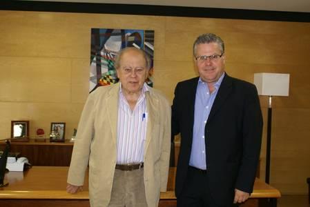 L'ex President Jordi Pujol visita l'Ajuntament de Salou