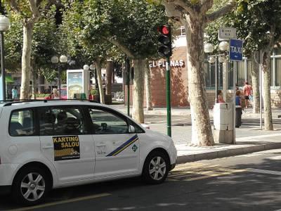 L'Ordenança del taxi vindrà complementada amb l'obtenció d'un certificat municipal especial de taxista a Salou i cursos d'idiomes