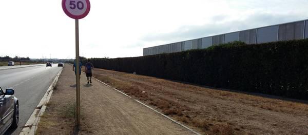 La Junta de Govern Local aprova el projecte d'urbanització de la vorera sud del vial de Cavet, davant el càmping resort Sangulí