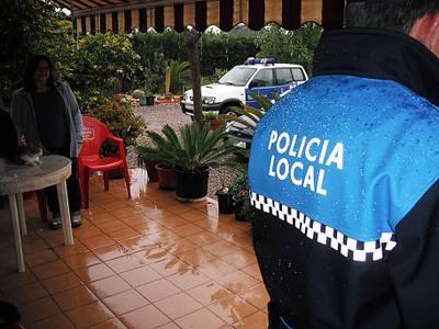 La_Policia_Local_de_Salou_fent_patrulles_de_proximitat_per_les_masies.JPG